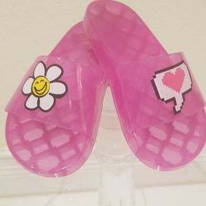 Fuschia Jelly sandals for the pool